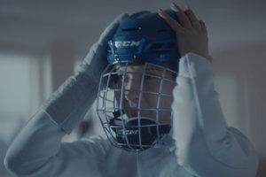 Зірки українського спорту закликали прийти на хокей: прем'єра ролика