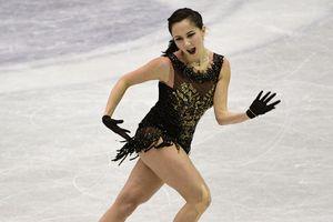 Скандальна російська фігуристка ледь не загубила спідню білизну під час виступу
