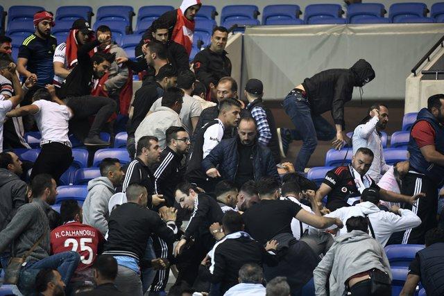 «Ліон» закликав УЄФА провести матч з«Бешикташем» без глядачів